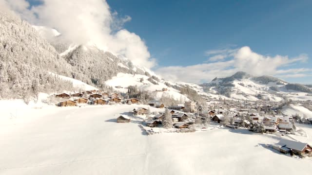 alpen im winter - winter stock-videos und b-roll-filmmaterial
