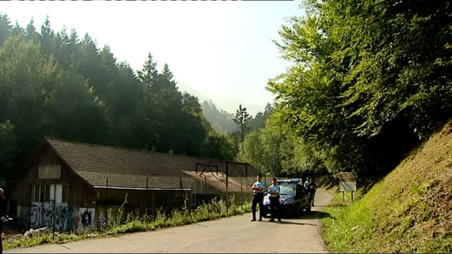 French police officers head to London to pursue investigation FRANCE HauteSavoie near Lake Annecy Chevaline EXT Various of police road block on...