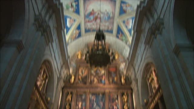 ws tu td altar and ceiling fresco in el escorial, northwest of madrid, spain - palace stock videos & royalty-free footage