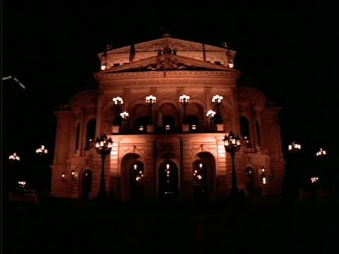 stockvideo's en b-roll-footage met alte oper building at night (opera house) / frankfurt - 1992