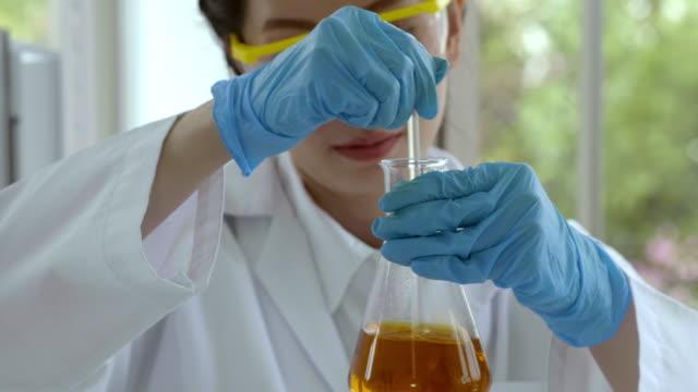 alternative energy lab - algae fuel video stock e b–roll