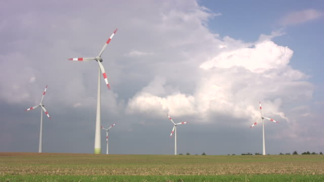 stockvideo's en b-roll-footage met alternative green energy - vijf dingen
