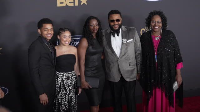 alvina stewart, anthony anderson, kyra anderson, nathan anderson at the 51st naacp images awards on february 22, 2020 in pasadena, california. - anthony anderson stock videos & royalty-free footage