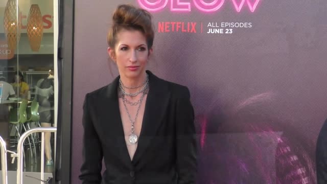 "alysia reiner at a netflix original series ""glow"" los angeles premiere at arclight cinemas cinerama dome on june 21, 2017 in hollywood, california. - cinerama dome hollywood stock videos & royalty-free footage"