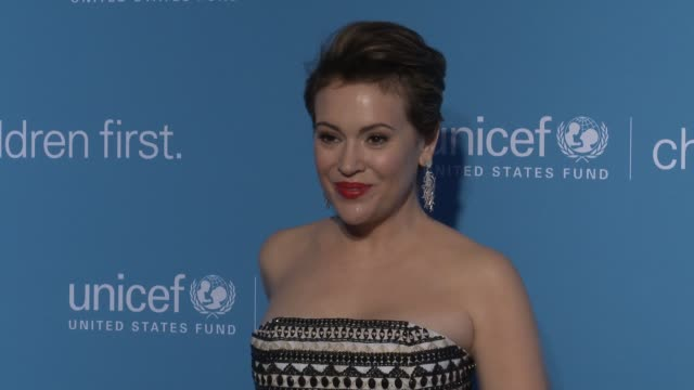 Alyssa Milano at Children First An Evening With UNICEF To Honor Alyssa Milano Pier 1 Imports And Sterling McDavid at Sixty Five Hundred on April 15...