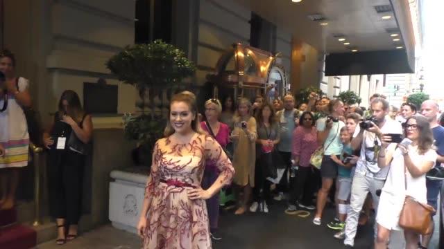 alyssa milano at st regis hotel on september 16 2015 in new york city - alyssa milano stock-videos und b-roll-filmmaterial