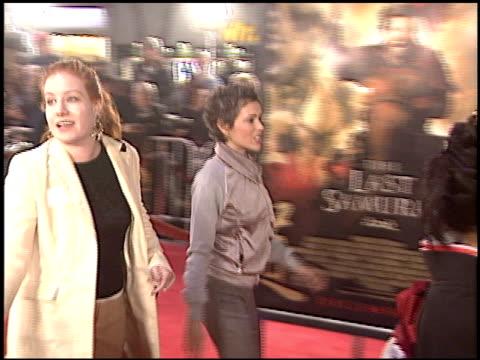 alyssa milano at the premiere of 'the last samurai' on december 1 2003 - alyssa milano stock-videos und b-roll-filmmaterial