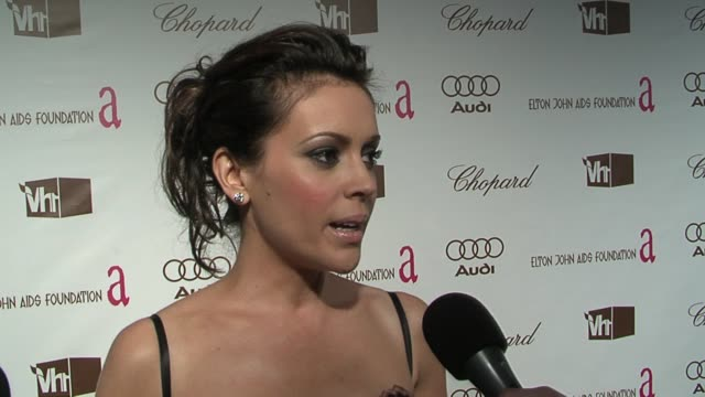 alyssa milano on enjoying photography, on george clooney's acceptance speech, on heath ledger and michelle williams, and on good writing keeping her... - heath ledger stock videos & royalty-free footage