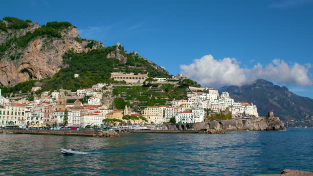 amalfi town, harbour & dingy, amalfi, province of salerno, italy - mausoleum stock videos and b-roll footage