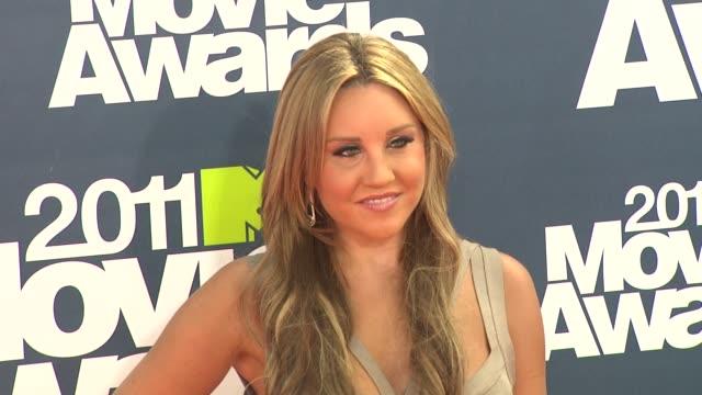 Amanda Bynes at the 2011 MTV Movie Awards at Los Angeles CA