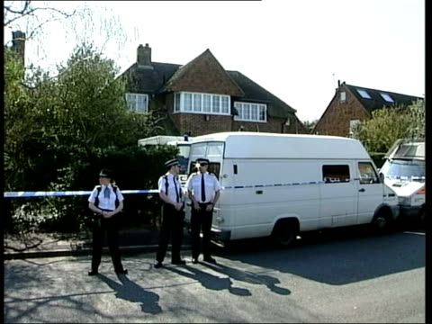 dna match lib hampshire gvs woods where amanda dowler's body was found surrey walton on thames police standing guard outside dowler family home... - medical test stock videos & royalty-free footage