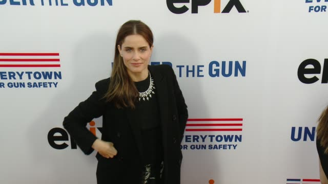 amanda peet at the under the gun los angeles premiere at samuel goldwyn theater on may 03 2016 in beverly hills california - samuel goldwyn theater stock videos & royalty-free footage