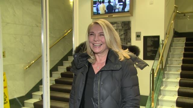 vídeos y material grabado en eventos de stock de amanda redman at celebrity sightings arrivals for era 5050 talk on february 28 2018 in london england - sin editar