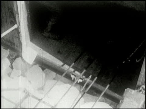 vídeos de stock e filmes b-roll de [amateur film: ice harvest, camp minsi, 1921] - 2 of 14 - 1921