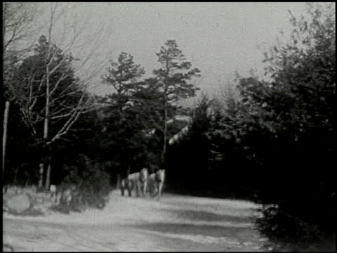 vidéos et rushes de [amateur film: ice harvest, pocono manor, 1919] - 8 of 10 - 1910 1919