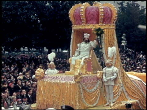 [amateur film: parade of krewe of rex, new orleans, february 25, 1941] - 2 of 9 - parade of krewe of rex stock videos & royalty-free footage