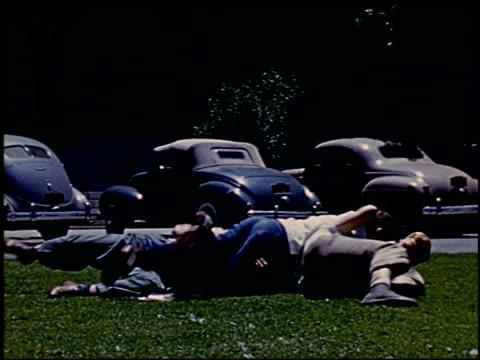 [amateur film: ransohoff collection: 'life on the farm' / del monte 1940 / yosemite] - 6 of 17 - この撮影のクリップをもっと見る 2047点の映像素材/bロール