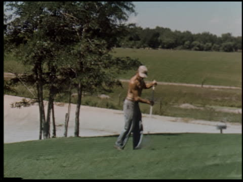 [amateur film: san francisco, santa cruz and farm, 1956] - 5 of 10 - この撮影のクリップをもっと見る 2050点の映像素材/bロール