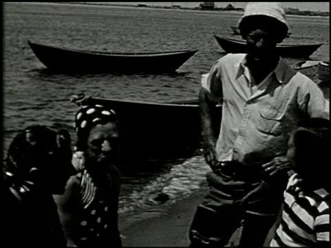 [amateur film: seck collection: reel 5] - 10 of 12 - この撮影のクリップをもっと見る 2051点の映像素材/bロール