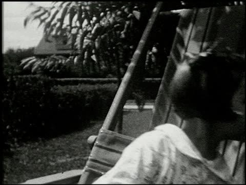 [amateur film: seck collection: reel 5] - 5 of 12 - この撮影のクリップをもっと見る 2051点の映像素材/bロール