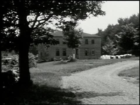 [amateur film: seck collection: reel 6] - 13 of 16 - andere clips dieser aufnahmen anzeigen 2052 stock-videos und b-roll-filmmaterial