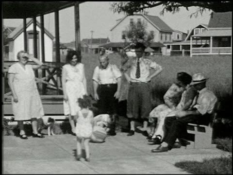 [amateur film: seck collection: reel 6] - 7 of 16 - andere clips dieser aufnahmen anzeigen 2052 stock-videos und b-roll-filmmaterial