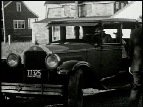 [amateur film: seck collection: reel 6] - 9 of 16 - andere clips dieser aufnahmen anzeigen 2052 stock-videos und b-roll-filmmaterial