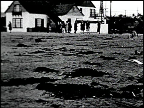 vídeos de stock, filmes e b-roll de [amateur film: southern california] - 13 of 17 - veja outros clipes desta filmagem 2054