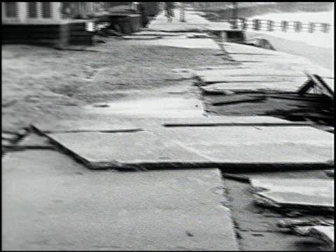 vídeos de stock, filmes e b-roll de [amateur film: southern california] - 14 of 17 - veja outros clipes desta filmagem 2054