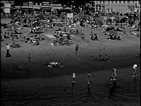 [amateur film: southern california] - 2 of 17 - 1940年点の映像素材/bロール