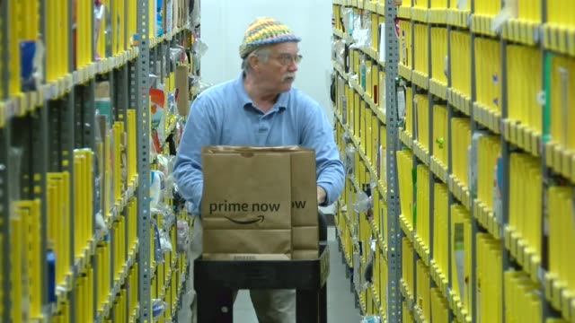 Amazon prime now will handle last last minute Christmas shopping The new service for Denver called Prime Now relies on a curated inventory stored at...