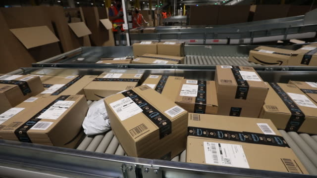 amazon warehouse in kegworth, uk ahead of amazon prime day event on monday, october 12, 2020. - cardboard box stock videos & royalty-free footage