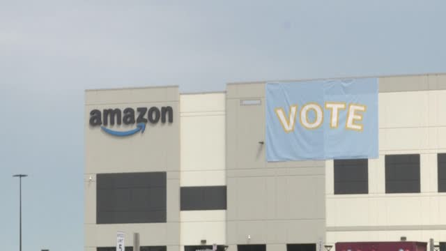 amazon workers from the bessemer, alabama bhm1 fulfilment center speak out in the final days of an almost two-month-long period before the deadline... - trade union stock videos & royalty-free footage
