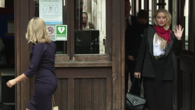 slomo amber heard arrives at royal courts of justice strand on july 14 2020 in london england american actor johnny depp is taking news group... - amber heard stock videos & royalty-free footage