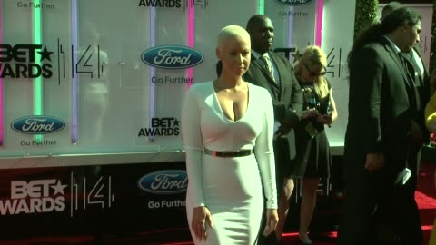 stockvideo's en b-roll-footage met amber rose at the 2014 bet awards on june 29, 2014 in los angeles, california. - black entertainment television