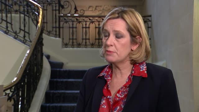 vídeos y material grabado en eventos de stock de london westminster int amber rudd mp interview sot re cuts to disabled benefits combined with tax cuts for others iain duncan smith's resignation - amber smith