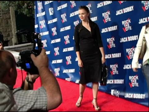 amber tamblyn at the rock the vote at warner brothers in burbank, california on september 29, 2004. - rock the vote stock-videos und b-roll-filmmaterial