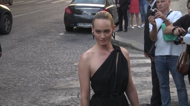 amber valletta arrives at the vogue foundation party as part of paris fashion week on july 3 2018 in paris france - バレッタ点の映像素材/bロール