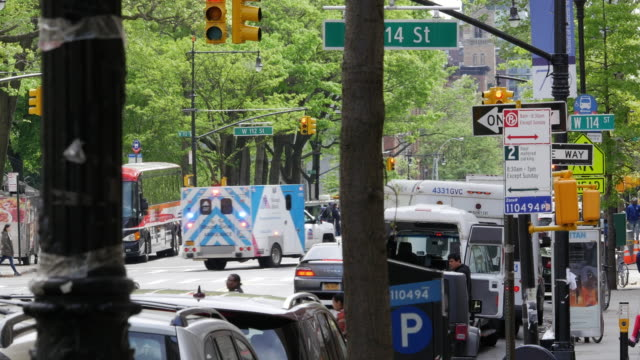 ambulance and road signs in new york city - blinking arrow stock videos & royalty-free footage
