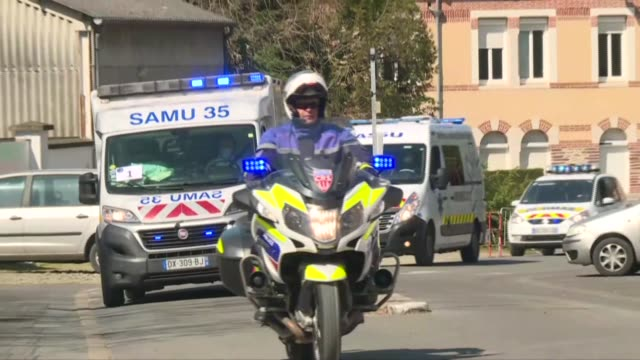 ambulances carrying patients evacuated from the iledefrance region on board the second medicalised highspeed train that left paris in the morning... - leaving hospital stock videos & royalty-free footage