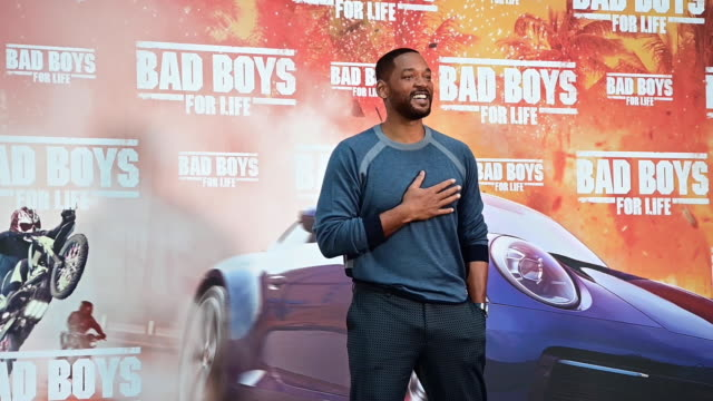 american actor will smith attends 'bad boys for life' photocall at the villamagna hotel on january 08, 2020 in madrid, spain - 俳優 ウィル・スミス点の映像素材/bロール