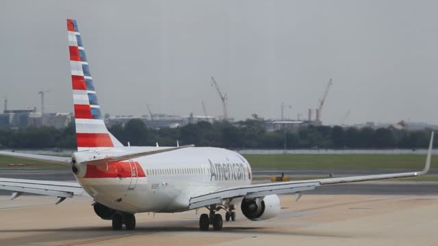 American Airlines aircraft preparing for flight on the tarmac at Ronald Reagan National Airport in Washington DC US on Friday Sept 22 2017...