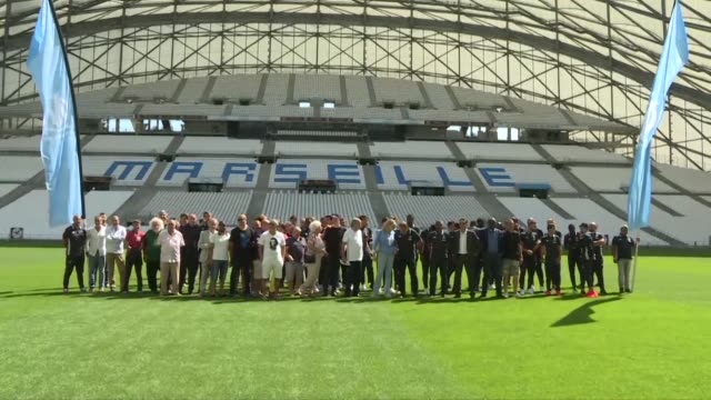 American businessman Frank McCourt former owner of the Los Angeles Dodgers baseball team reached agreement on Monday to take over Marseille football...