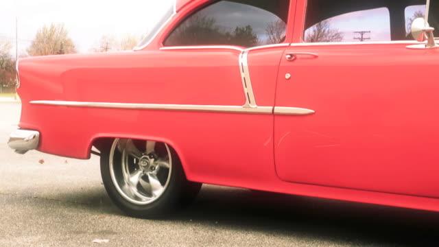 american classic car, rennen, burnout, wettkämpfe, reifen, spinning - frisiertes auto stock-videos und b-roll-filmmaterial