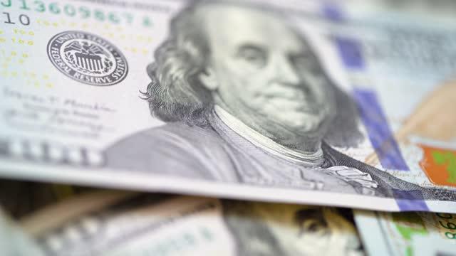sfondo dollaro americano - grande gruppo di oggetti video stock e b–roll