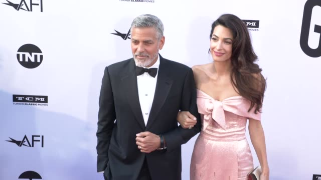 american film institute honors george clooney with 46th afi life achievement award at dolby theatre on june 07, 2018 in hollywood, california. - ジョージ・クルーニー点の映像素材/bロール