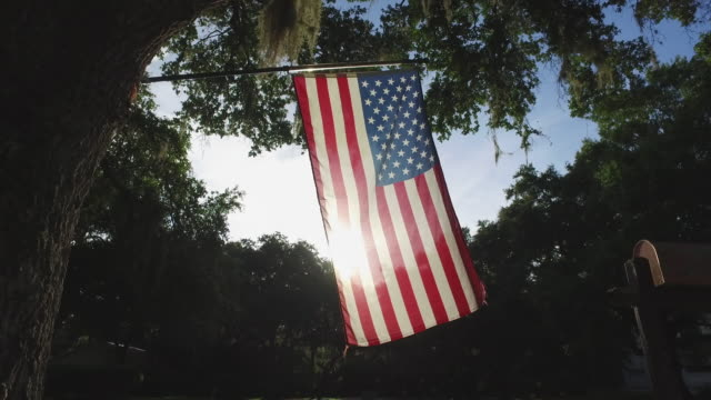 amerikanische flagge - patriotismus stock-videos und b-roll-filmmaterial