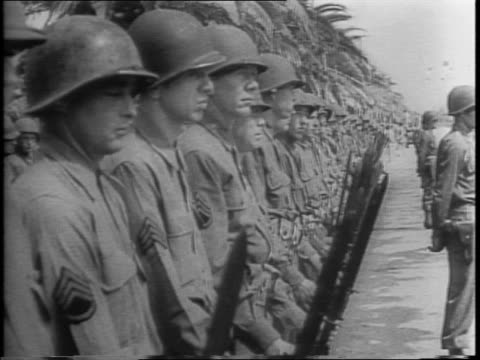 vídeos de stock, filmes e b-roll de american general dwight d eisenhower and french general henri honore giraud salute victorious allies for the purging of nazis from tunis north africa... - áfrica do norte