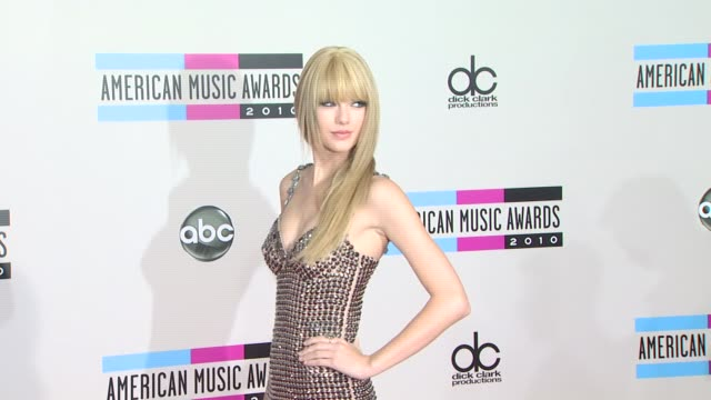 American Music Awards Arrivals Los Angeles CA 11/21/10