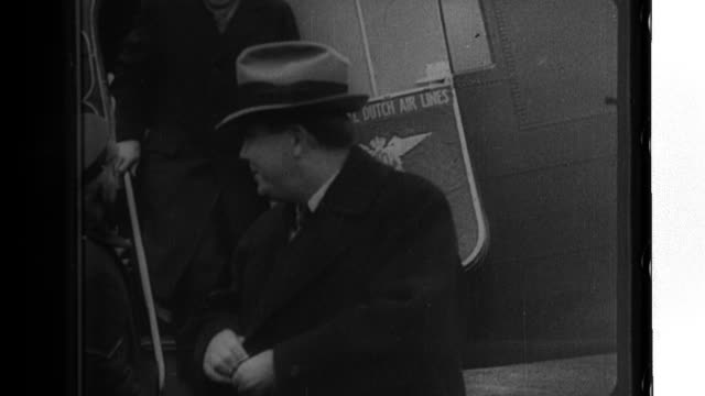 American politician Wendell Willkie and his wife Edith fly to London where they visit Prime Minister Winston Churchill